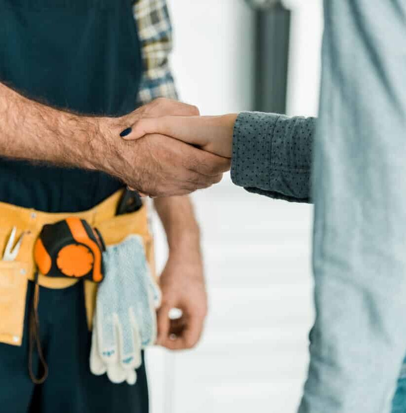 Handschlag mit Kunden